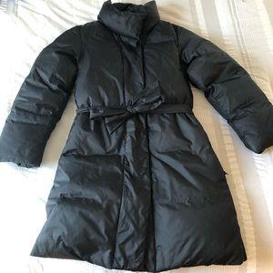 GAP Black snap closure puffer jacket
